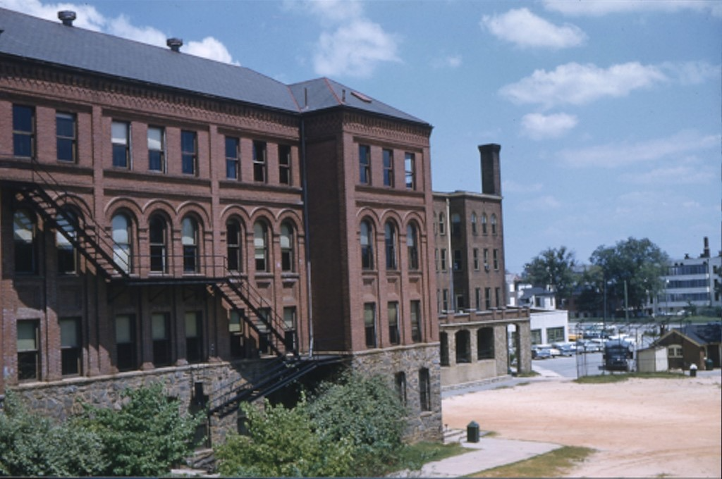 Photograph of the Marist College Ivy Street Campus building and courtyard, taken in 1961.
